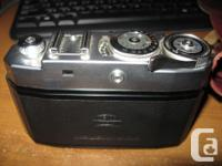 Offering this vintage Zeiss camera in good original