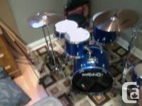 5 piece Orbitone dumkit includes:  - snare drum  - bass