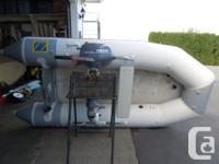 2001 Zodiac 310 Cadet Fast Roller 10.17 feet Long Two